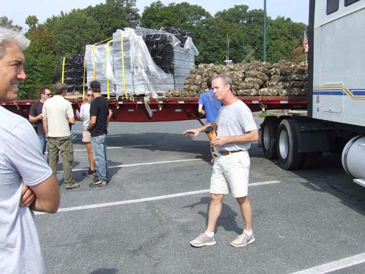2013-Oyster-Deliveries_AA_1